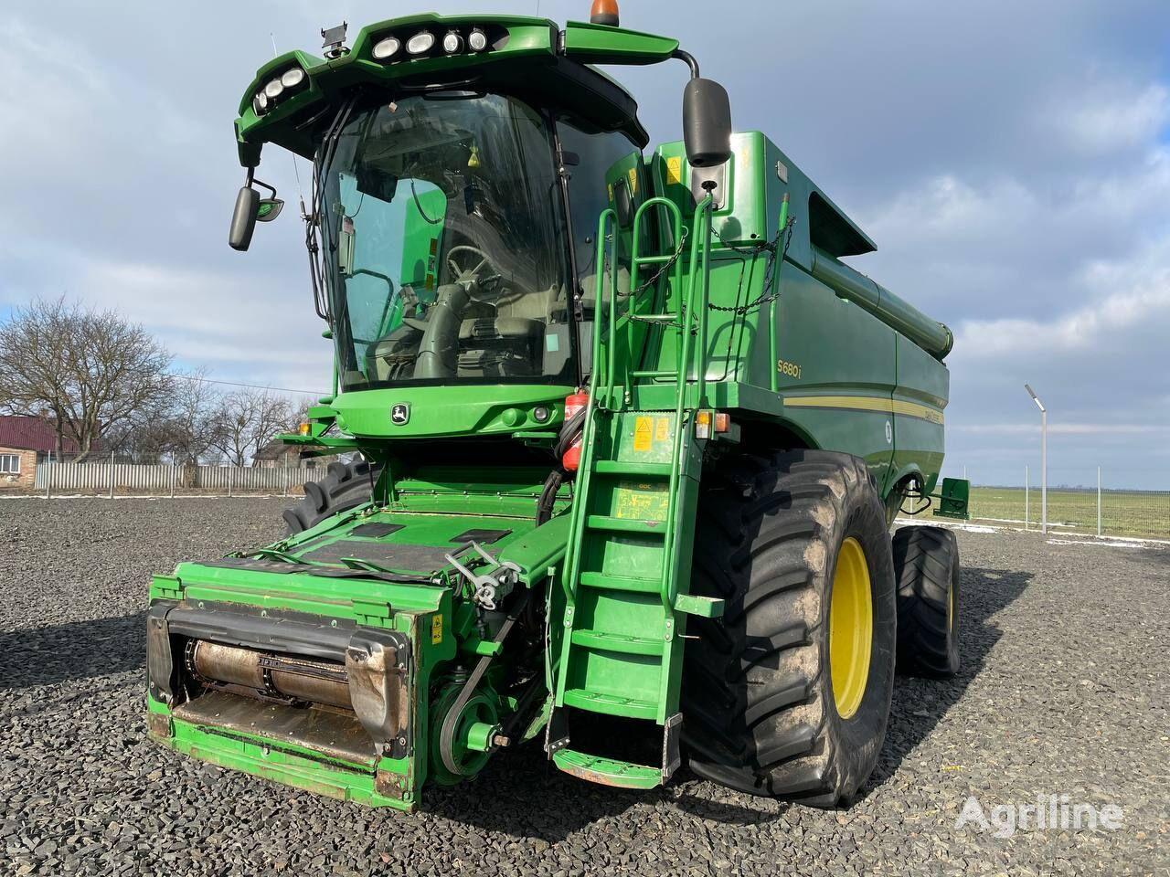 JOHN DEERE S 680i grain harvester