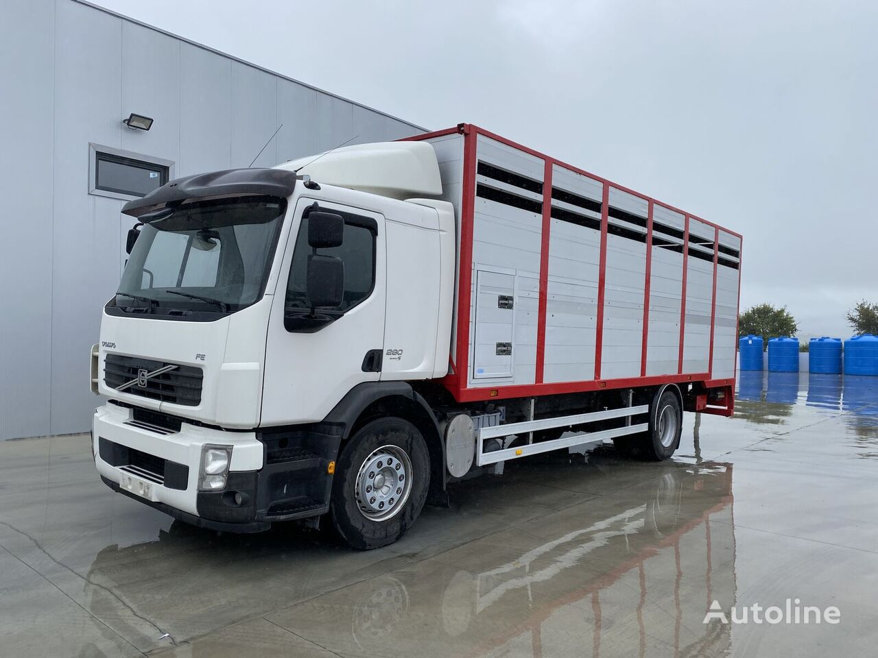 VOLVO FL 280 livestock truck